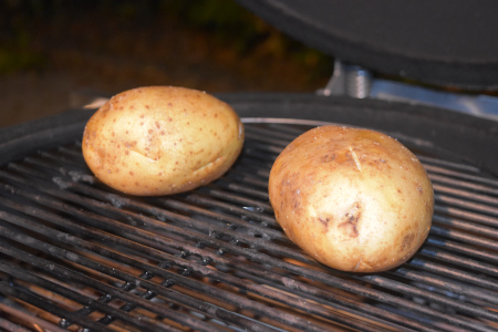At 200°C The Monolith Ceramic Grill Makes Perfect Baked Potatoes